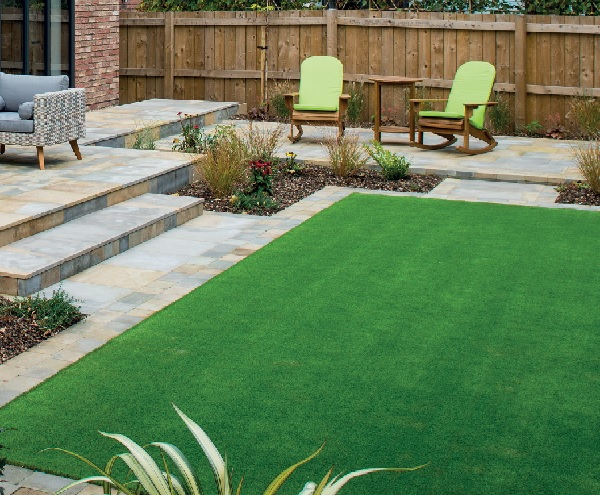 How to Maintain your Artificial Lawn
